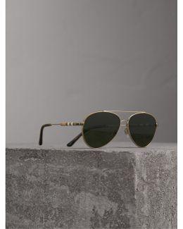 Check Detail Pilot Sunglasses |