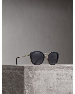 Check Detail Round Frame Sunglasses In Black |