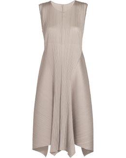 Curvy Form Knee Length Dress