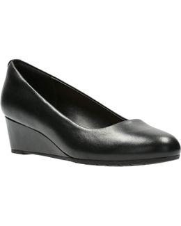 Vendra Bloom Womens Smart Shoes