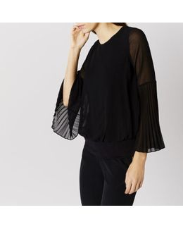 Elisa Pleated Sleeve Calla Top