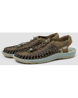 Uneek M-dark Sandals