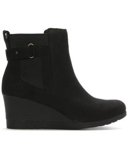 Indra Black Leather Wedge Chelsea Boots