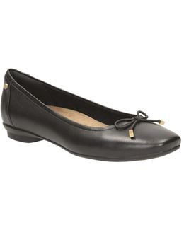Candra Light Ballet Flat