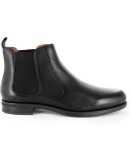Glendale Plain Vamp Chelsea Boot W/ Almond Toe Profile