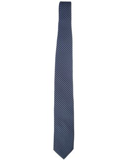 Micropatterned Silk Tie