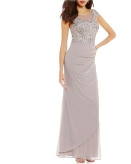 Lace Applique Rouched Side Gown
