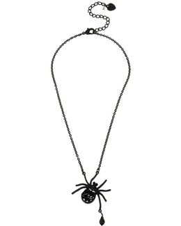 Black-tone Beaded Spider Pendant Necklace