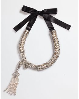 Necklace With Pearl Jeweled Appliqués