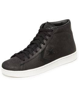 Pro Leather Pl 76 Mid Top Sneakers