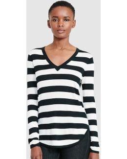 Stripe Print V-neck T-shirt