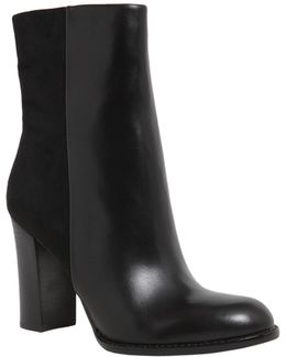Reyes Leather Boots