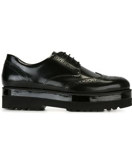 'route' Brogues