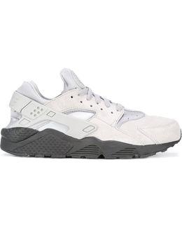 Air Huarache Run Se Sneakers