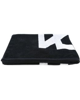 Geometric Pattern Towel