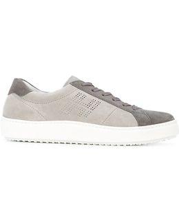 H302 Sneakers