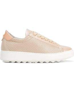 Perforated Decoration Sneakers