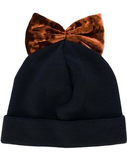 Bow Embroidered Beanie Hat