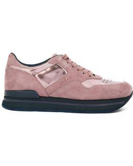 H222 Sneakers