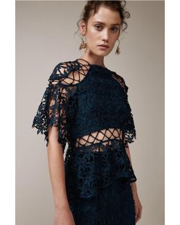 Stay Close Lace Top