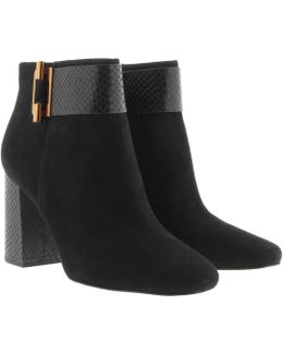 Gloria Bootie Suede Black