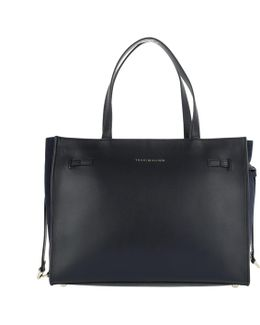 Effortless Leather Tote Navy