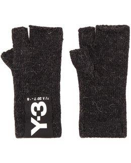 Badge Gloves