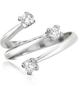 0.215 Ct Three-stone Diamond 18k Gold Ring