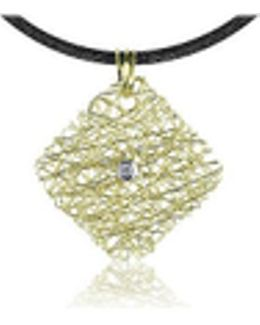 Central Diamond 18k Yellow Gold Pendant W/lace