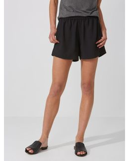Crepe De Chine Pull-on Shorts In True Black