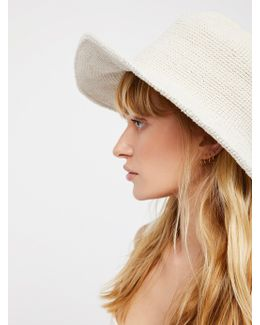 Birkin Bucket Hat