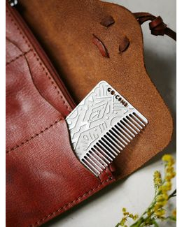 To-go Comb