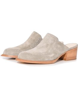 Weiss Shoe In Cemento Suede