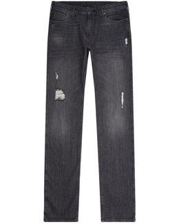 J06 Distressed Jeans