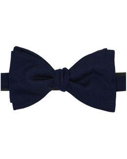 Ready-tied Bow Tie