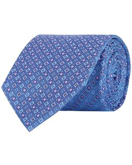 Diagonal Diamond Tie