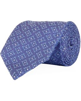 Diagonal Box Tie