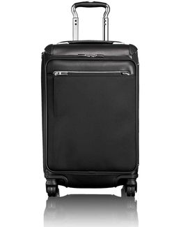 Arriv Expandable Carry-on Case