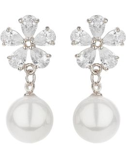 Flower Design Hanging Pearl Earring