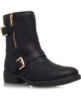 Justine Flat Boots
