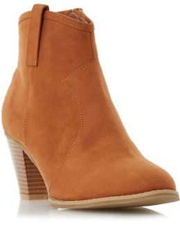 Pacha Western Detail Ankle Boots