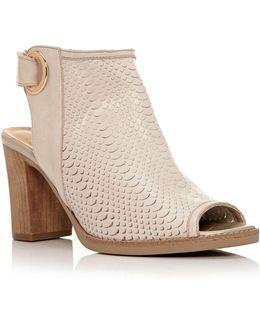 Lirra Sandals