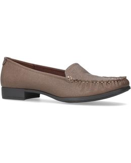 Vama Loafers