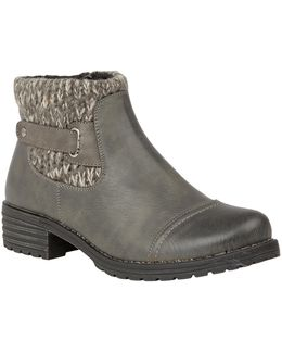 Ayla Ankle Boots