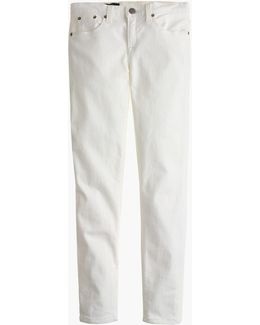 """Petite 8"""" Toothpick Jean In White"""