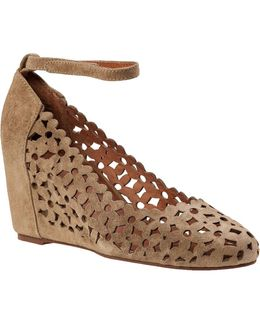 Delaisy Wedge Pump Taupe Suede