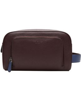 Moofasa Leather Wash Bag