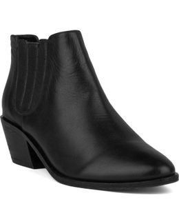 Barlow Leather Boots