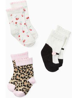 Layette Three-pack Sock Set