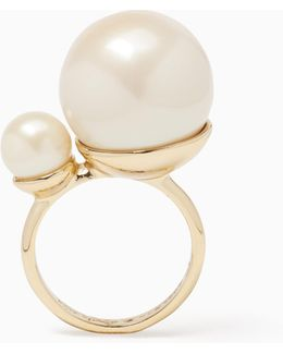 Girls In Pearls Ring